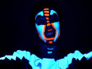 """Blue Man """"dark room"""""""